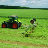 草坪用拖拉机和其他草坪养护设备的使用